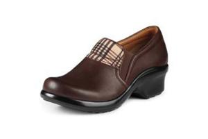 Ariat Women's Sutter Baker Clogs in Chocolate