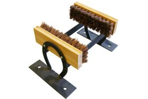 Horseshoe Boot Brush