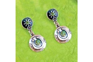 Wyo-Horse Free Spirit Horseshoe Earrings Green