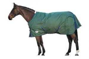 Weatherbeeta Orican Freestyle Lite Turnout Sheet in Hunter and Navy
